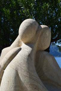 Bellagio 'Embrace' stone carving