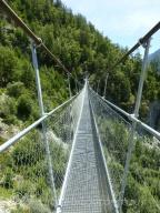 Narrow crossing