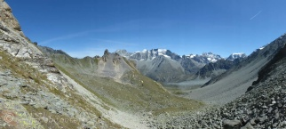 View from the Pas de Chèvres towards Arolla