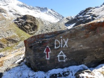 Dix hut sign
