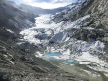 Ferpècle glacier - with hole