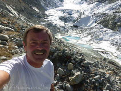 Selfie above the glacier
