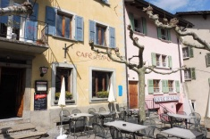 Cafe and Caveau
