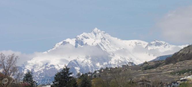 Mont Gond (2710m) and La Flava (right)