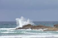 8 Crashing waves