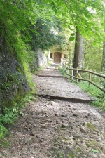 10 Path to the Church of the Holy Cross