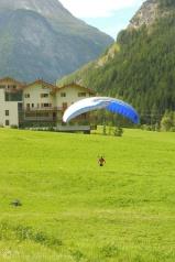 1 Parascender landing
