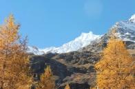 1-snowy-peaks