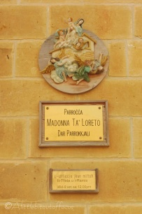 10-plaque-on-wall