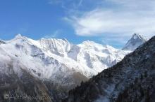 16-snowy-peaks