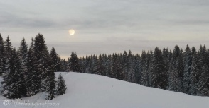 28-super-moon-rising