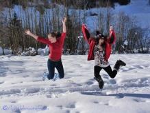 sarah-and-jo-having-fun-in-the-snow