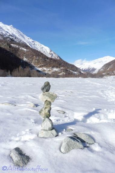 15-stone-stack