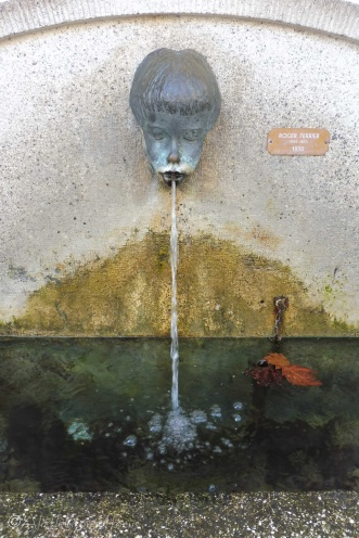 15-water-fountain