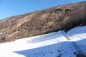 2-snowy-path