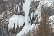 6-ice-climbers