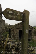 3 Pen-y-Ghent sign