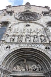 32 Como Cathedral