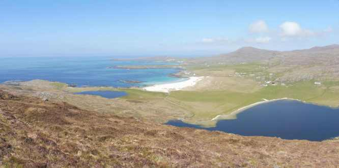 2 Tangasdale beach and loch