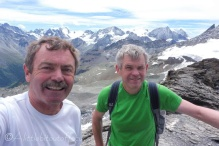 21 Real Summit Selfie