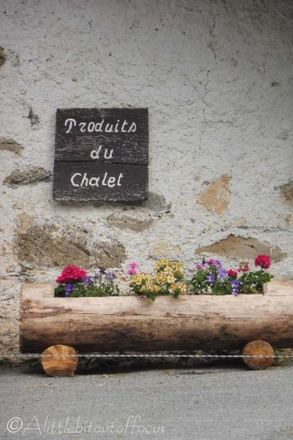 5 Fromagerie sign