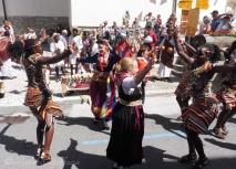 20 Ugandan and Evolène Dancers