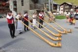 27 Alpenhornists
