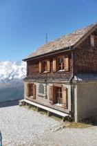 13 Original Weissmeiss mountain hut