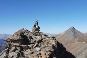 12 At the summit (Sassenaire right)