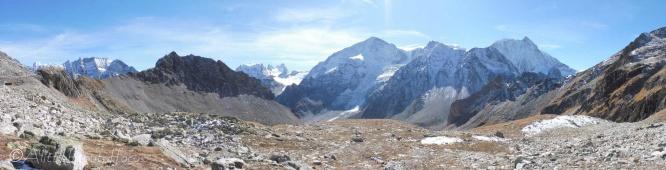12 Rocky panorama