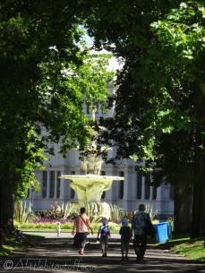 3 Fountain