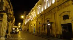 27 Noto by night