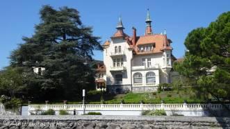 22 Lakeside house
