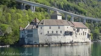25 Chateau Chillon