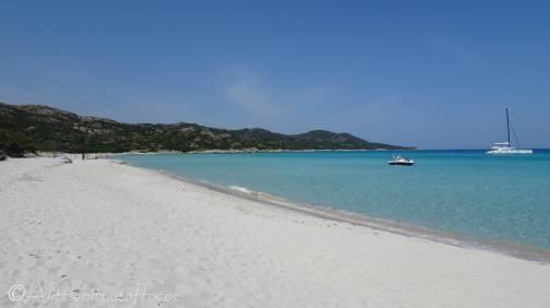 2 White sand