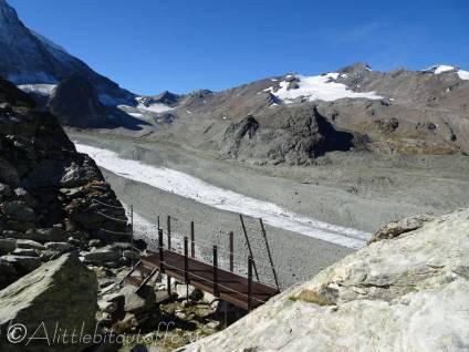 14 View West from the Pas de Chevres