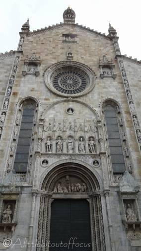 17 Como Cathedral