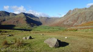 16 Mickleden, The Band (L), Langdale Pikes, (R)