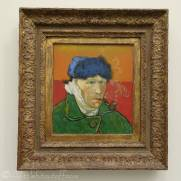 17 Vincent van Gogh - Self Portrait with Bandaged Ear and Pipe