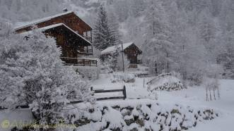 2 neighbouring chalets