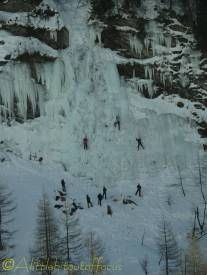 3 ice climbers