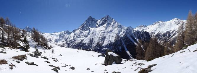 13 Mountain panorama