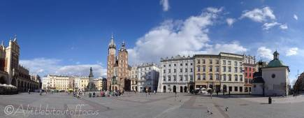 15 Main square panorama