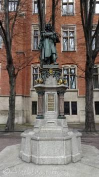 27 Copernicus monument