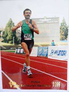 6 Finishing straight of the Edinburgh marathon, 1999 (aged 45)