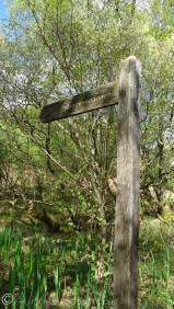 2 Signpost to Stromemeanach deserted village