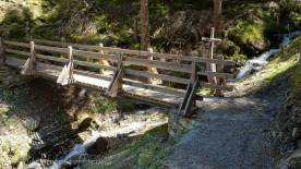 24 Wooden bridge