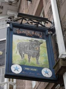 1 Pub sign