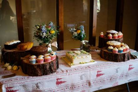 23 Cakes
