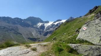 7 Mont de l'Etoile (L) and Vouasson glacier